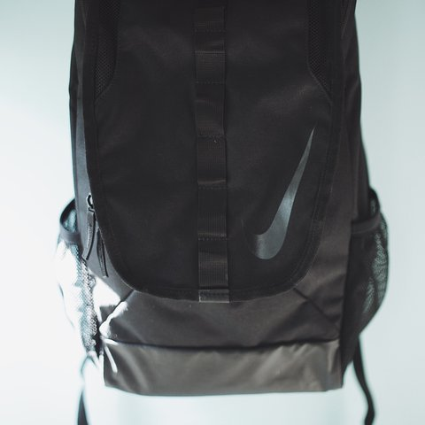 f8ca5c7f297 Black Slim Nike backpack with Gloss Black accents. (Only a - Depop