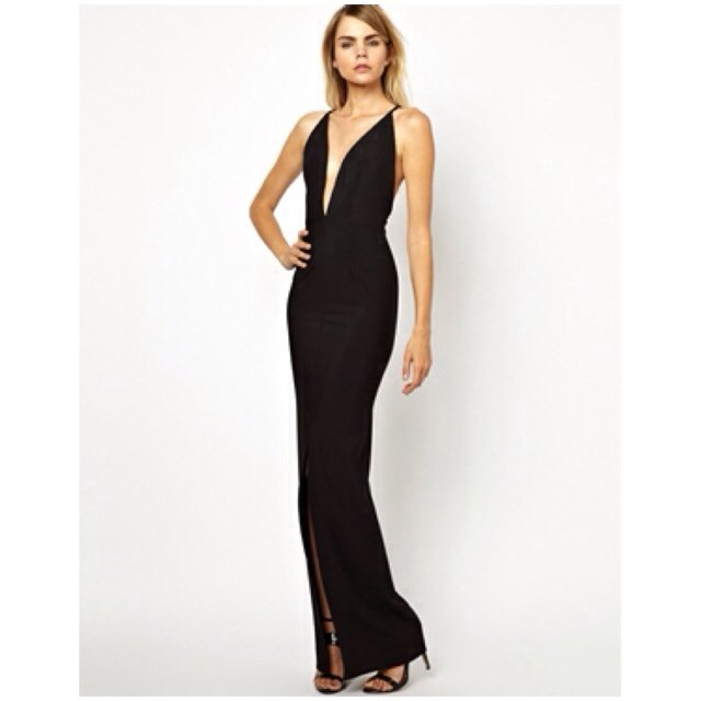 916a0668925a Solace London Revelation black maxi dress- plunge front with - Depop