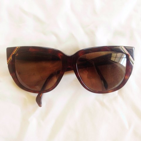 f4a912dbbd9 Vintage 1970s Gucci sunglasses. Lenses can be replaced