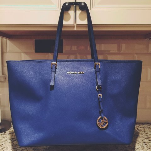 caeaa36b85cb7c @ashleyofyork. 4 years ago. East Rutherford, NJ, USA. MICHAEL Michael Kors  Tote (Saffiano Leather) - Jet Set ...