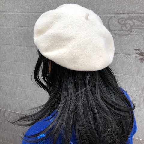 8fd950189a996 CREAM WOOL BERET 👒 y2k from Le Chateau 2000 s wool beret in - Depop
