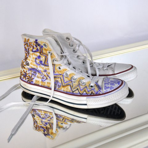 brand new e4f87 af637  sophiaih. last year. Maryland, USA. White converse high tops ...
