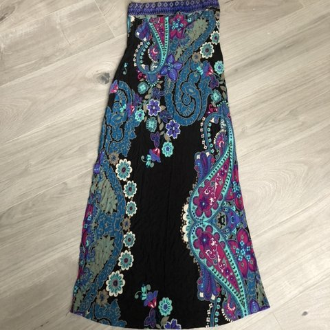 a68e84196396c0 Paisley print maxi dress in Petite from Next. UK size 6