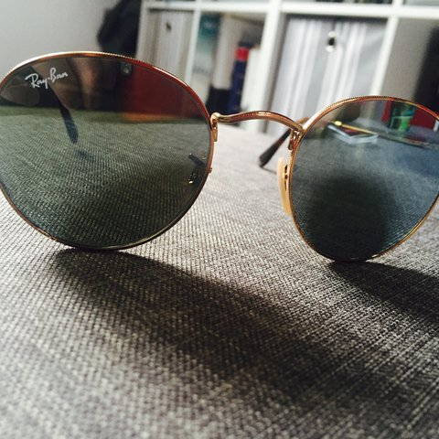 ed634fe5679 RAY BAN SUNGLASSES - Round Metal Frames with silver flash to - Depop