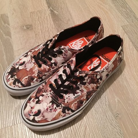 9a9088dc516 Vans ASPCA kitten cat kat shoes schoenen 42,5. / men US9,5 / - Depop