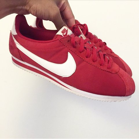 Mens red Nike cortez. Excellent condition 2cb4fafc0