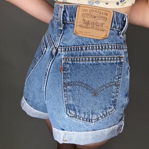 4847d94ed98994 @internetgirl. 2 years ago. East Saint Paul, Canada. Daisy Dukes Levi's  Denim Shorts ...