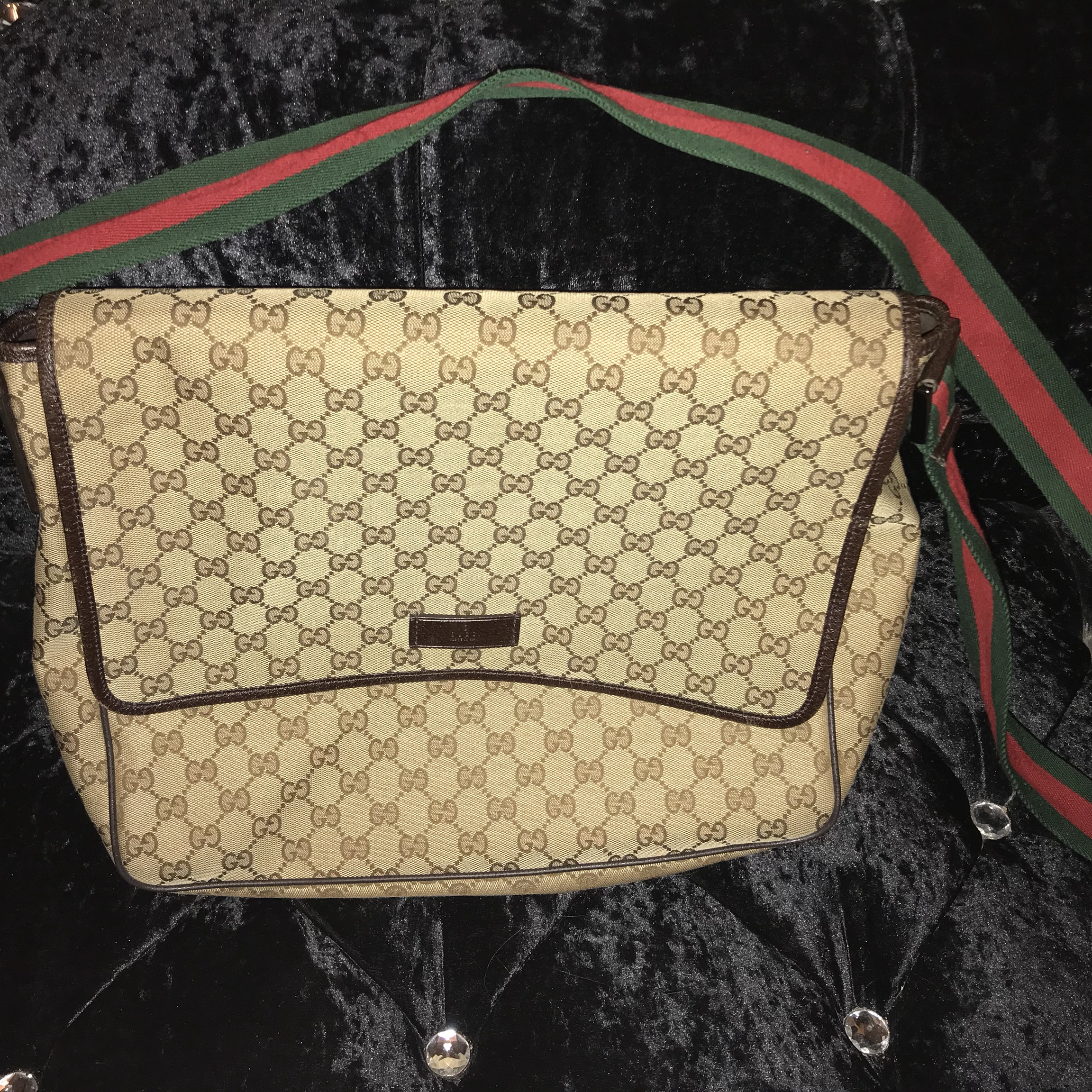edf473de2b3958 100% genuine Gucci side bag large size in perfect condition - Depop