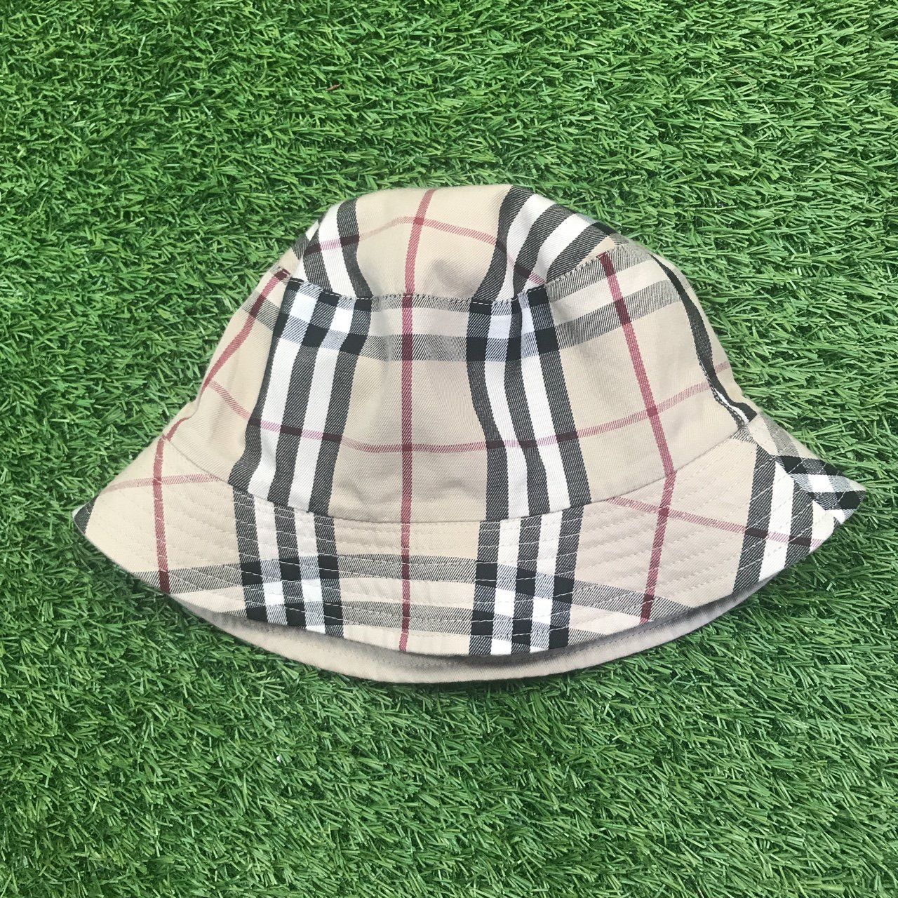 283a1b893c2 BURBERRY reversible nova check bucket hat in VN new - Depop