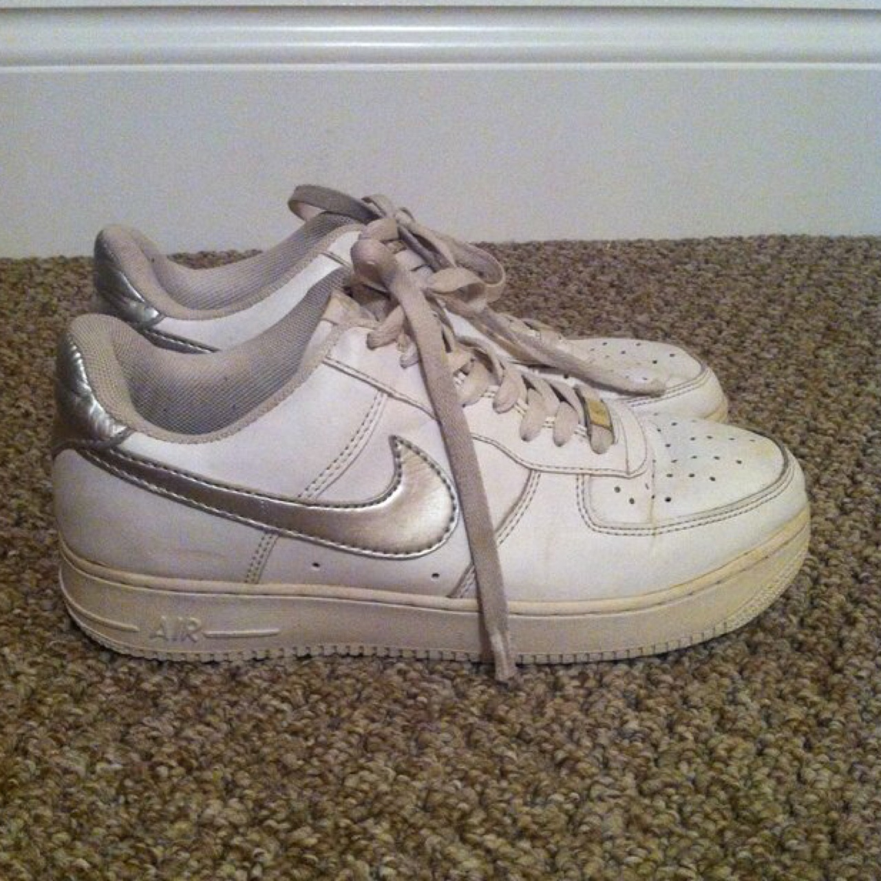 Nike Air Force 1 '82 white with silver