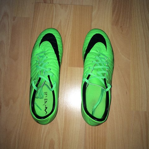 7f8bac4d4 @rizwan4hmef. 3 years ago. Cardiff, UK. Nike Hypervenom phelon size 8 Uk  football boots. Worn once ...