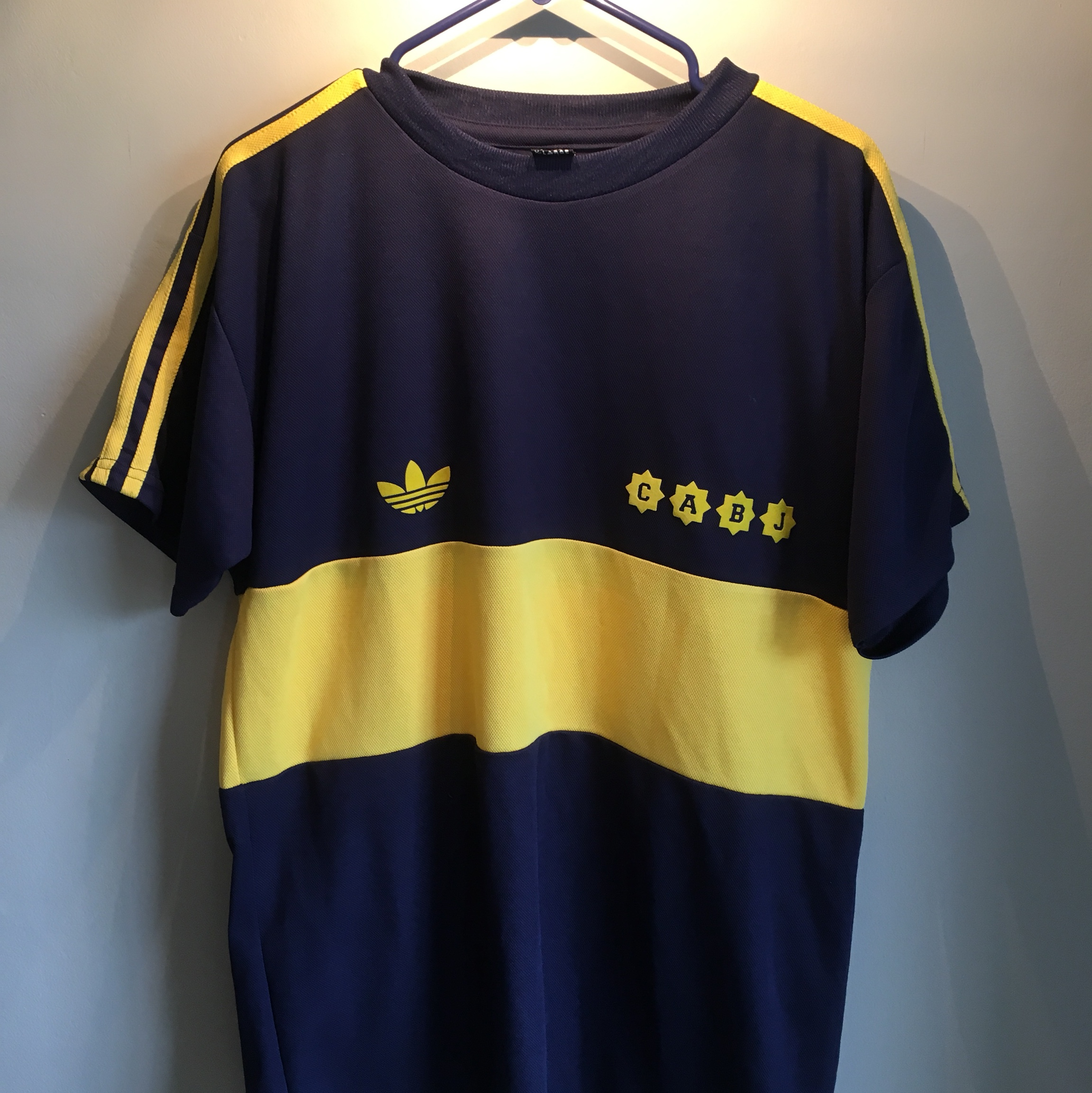newest 5efbd 8ef95 Replica retro Boca Juniors Adidas Originals jersey... - Depop
