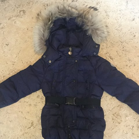 c2d65109d Girls Moncler Coat Age 4. Bit of wear and tear on the belt - Depop