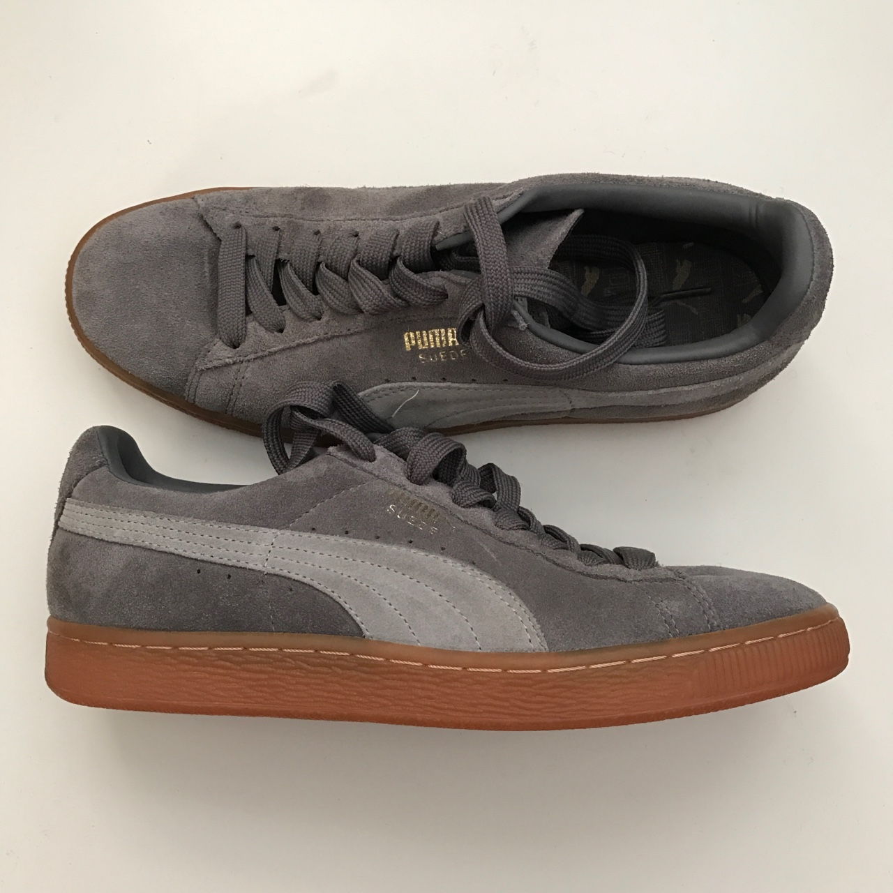 timeless design 21d77 406be Grey PUMA suede with gum sole -*BRAND NEW* never ...