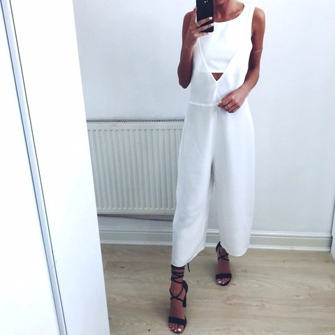 d1bed43691c Brand new with tags ZARA white cut out sleeveless culotte    - Depop