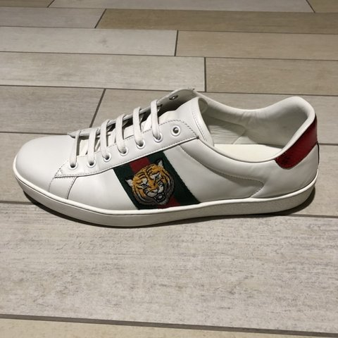 "b7e6c3ea7 GUCCI ACE Sneakers ""tiger"" White leather Size 45 IT... - Depop"