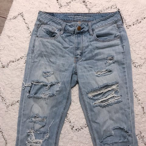 189ed504df5 @annealejo. 6 months ago. Gainesville, United States. American Eagle  distressed/ripped tomgirl jeans light blue wash