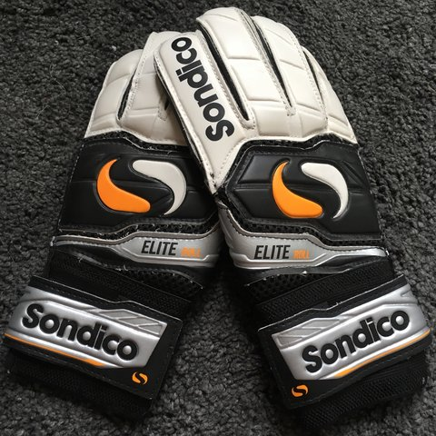 2f06bfd8d2c Sondico goalkeepers gloves
