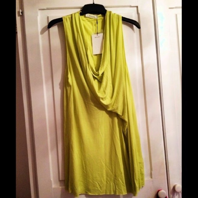 741ce2d4 @laurenm89. 5 years ago. Middlesbrough, United Kingdom. ZARA lime green  cowl neck top/dress. Brand new ...