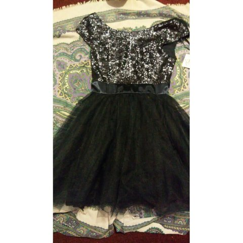 1441cb4cc85 Trixxi Girl Dress Size 3 Never worn  homecoming  dress - Depop