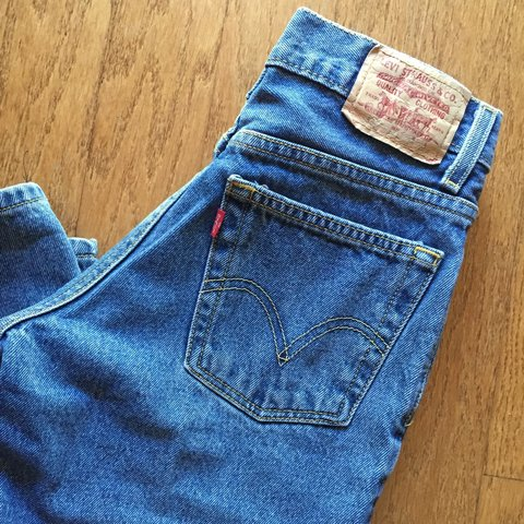 46415f94 Vintage Levi's. Kid size 12. I wear a 23/24/00/0 and they me - Depop