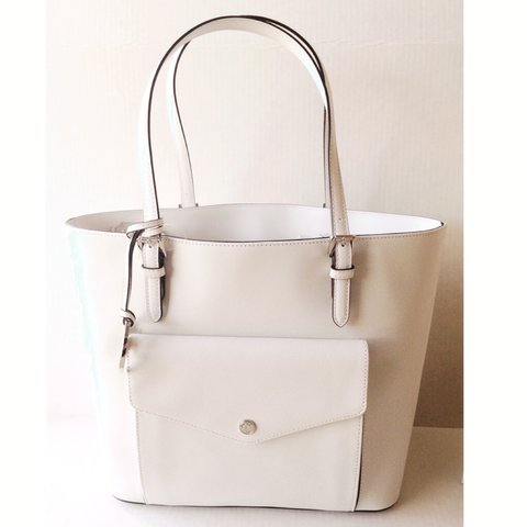 7a69e4a5b556 NEW Authentic Michael Kors Bag. Color is white with some at - Depop