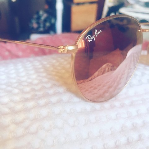 c907f5cfd6 Authentic round ray ban sunglasses. Rose pink tint lense