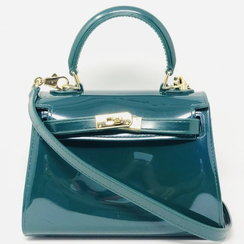 3651ae5d9171 Super cute jelly kelly style Satchel bag in a gorgeous green - Depop