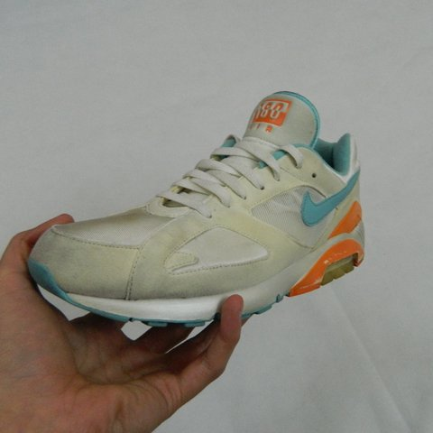 buy popular 44ef1 a81e4  jonamery. 2 years ago. Worcestershire, UK. Men s Nike air max 180 in size  UK 9.5.