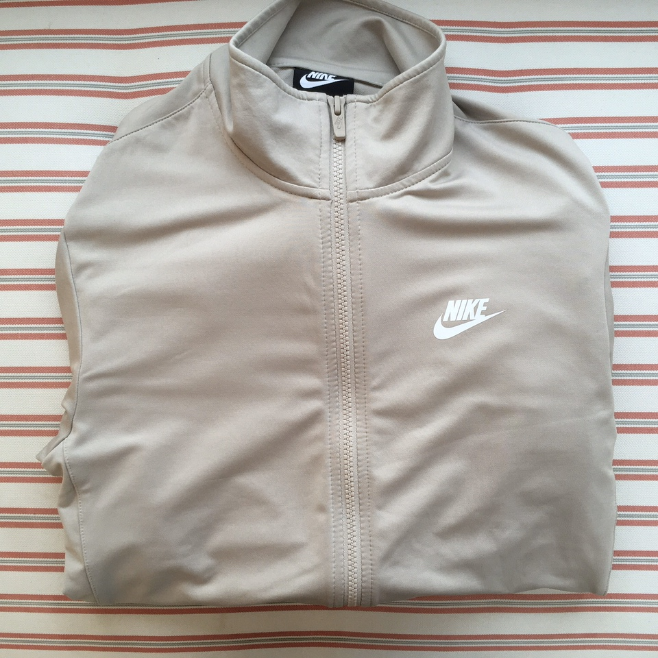 nike jumper and joggers