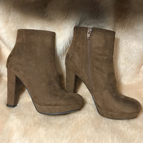 d3a93e5d704 Brown suede ankle boots. Zipper on insides. From target size - Depop