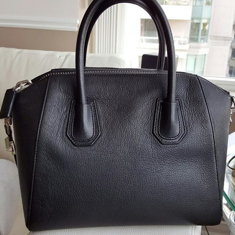 afdc9b082 Authentic Givenchy Antigona Small Black Goat. In great With - Depop