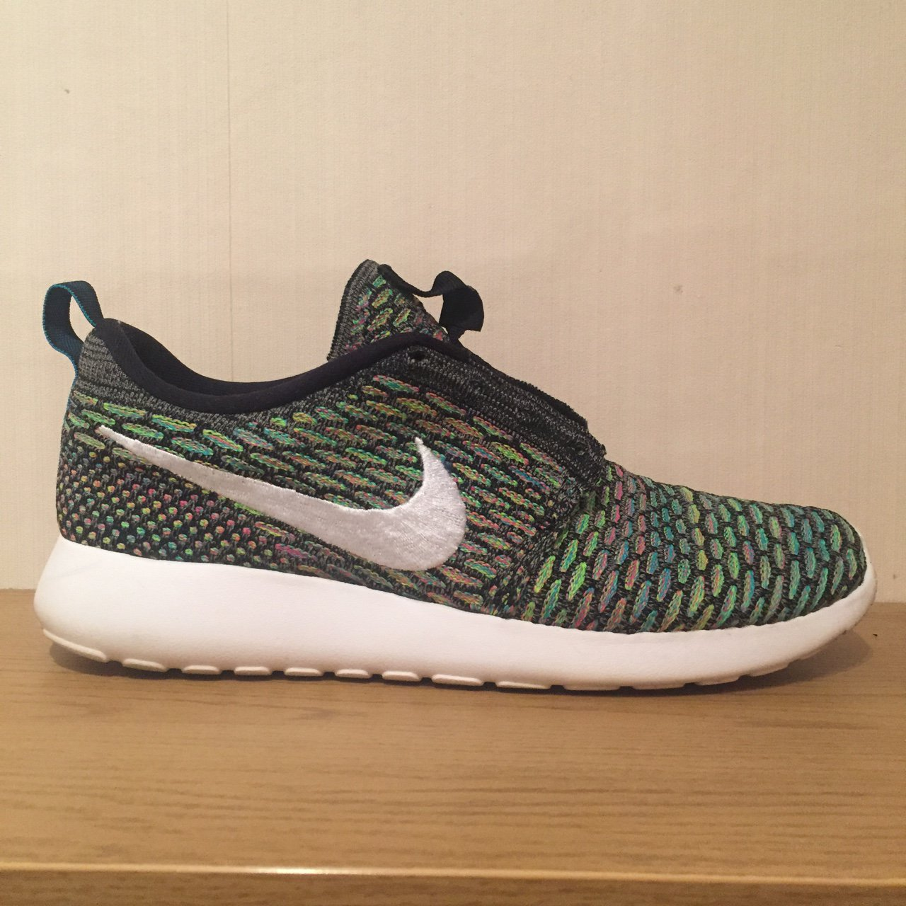official photos a2fe2 3ebf5 Nike Roshe Run Flyknit multicolour, size 7. In decent just - Depop