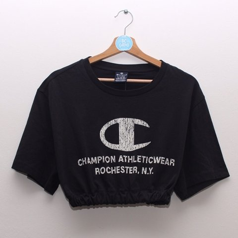 d74487e55898a Brand new with tags Champion crop top. Black with white best - Depop