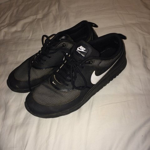 b008d211a05ba All black size 6 Nike Thea s. Excellent condition. Too big - Depop