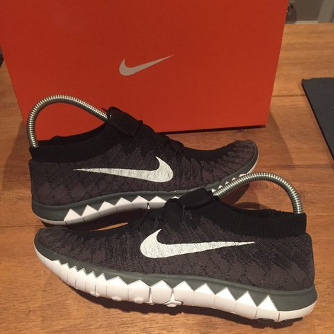 7ced2619e6c8f Brand New Nike Free 3.0 Flyknit Trainers Size UK 6.5 Colour - Depop