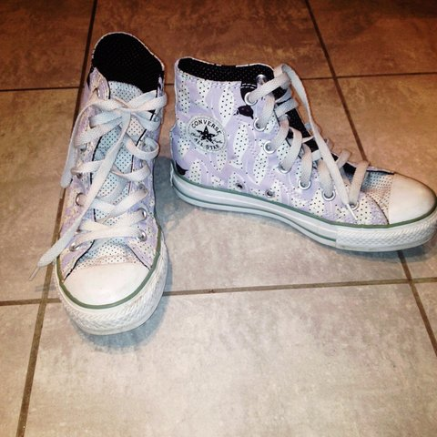 f0713c3efede0a Size 3 limited edition cat print converse. Lilac   white. - Depop