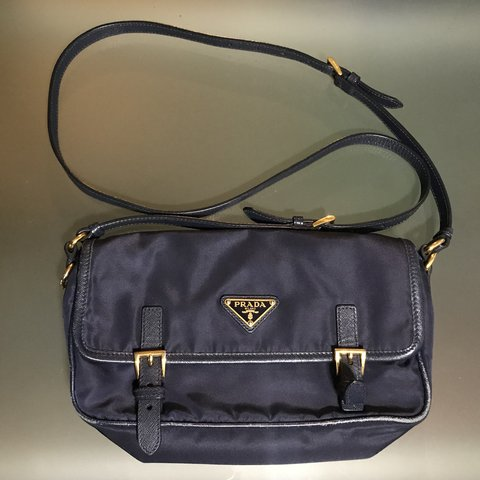 c268033ee87a Authentic Prada Navy Nylon Crossbody Bag Pre owned Wear on - Depop