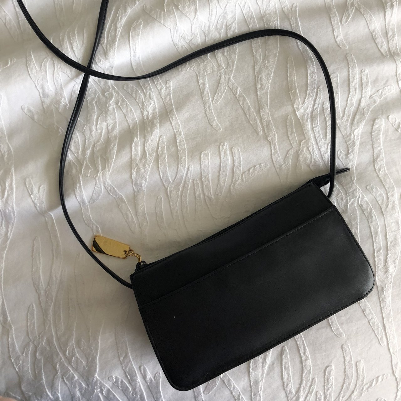 8bf4b2ed49 Genuine leather crossbody bag Could