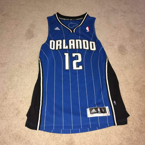 Adidas Orlando Magic Dwight Howard Jersey Size Small but a - Depop 69e4738f4