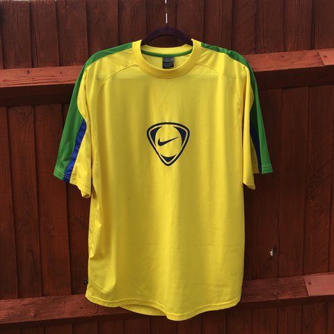 8861577b Nike training top in Brazil colours. Size extra large. no or - Depop