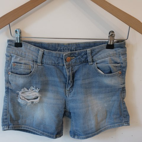 1df632e1 Zara denim shorts. Hardly worn. Ripped. Size EUR 34 which is - Depop