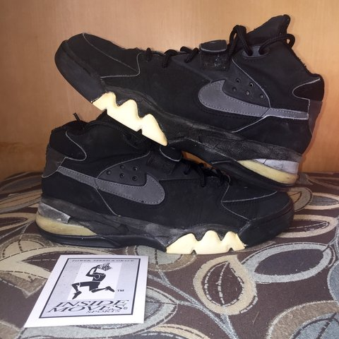 9529f61f70fd2 OG 1993 Air Force Max (Barkley) || Size 9.5 || || Comes with - Depop