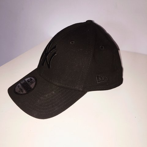 c60e0d5176208 New Era New York Yankees baseball cap. Size  Small-Medium. a - Depop