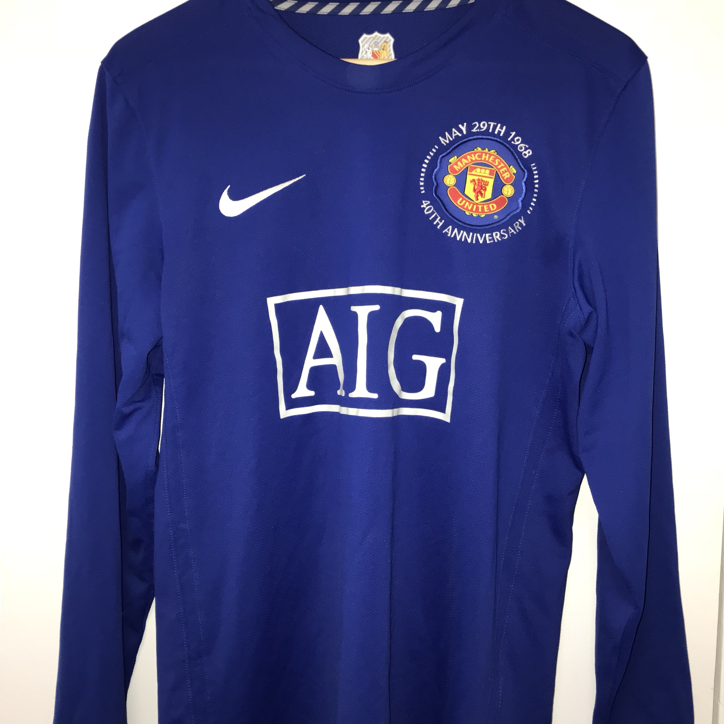 buy online 0fa86 ebd6b Manchester United 40th anniversary kits with the... - Depop