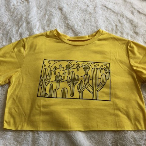 fb6683cb9c83 yellow cactus desert scene cropped t-shirt. not sure where a - Depop