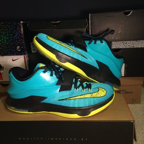 b6f2dcee8fb0 KD 7 Uprising size 10. 100 percent authentic. Shoes are in - Depop