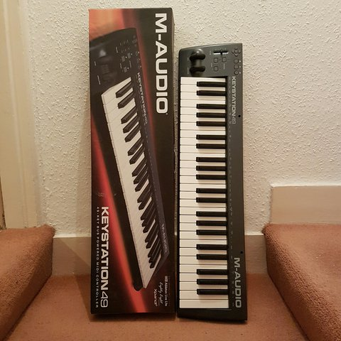 e63aae16a Used midi keyboard mint condition selling due to purchasing - Depop