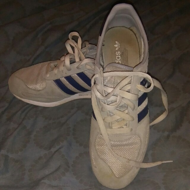 adidas beckenbauer grey and yellow
