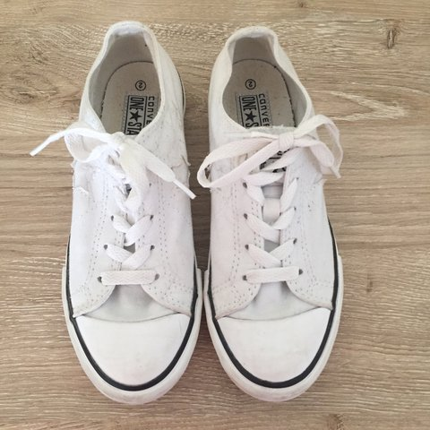 b16d1b63ff0 Youth White Converse One Stars. YOUTH 2. In great condition. - Depop